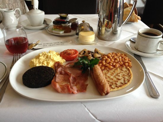 Rowan Tree Country Hotel: Traditional Scottish Breakfast