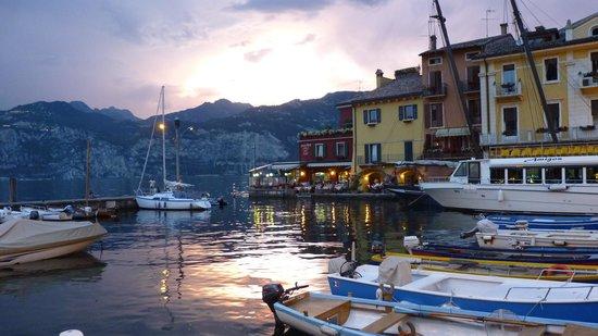 Ristorante Pizzeria Italia Da Nikolas: Great location on the harbour