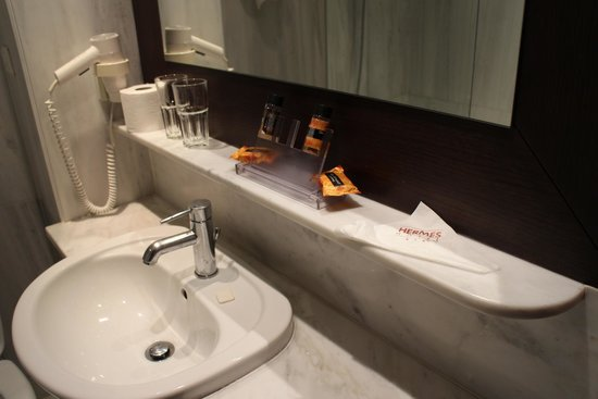 Hermes Hotel: Banheiro