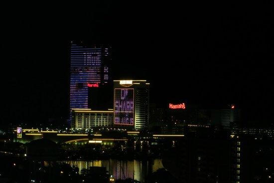 Wyndham Skyline Tower : Night Lights