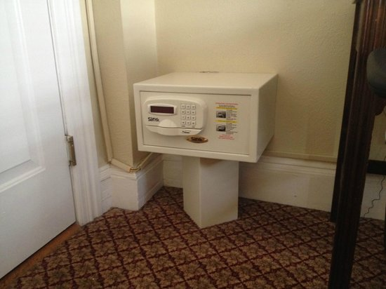 Boston Hotel Buckminster: Weird little safe-on-a-pedestal that was behind the door.