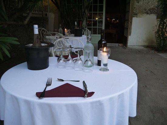 Chateau de Cavanac : terrasse restaurant