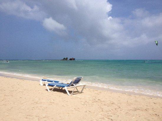 Cocoplum Beach Hotel: Peace