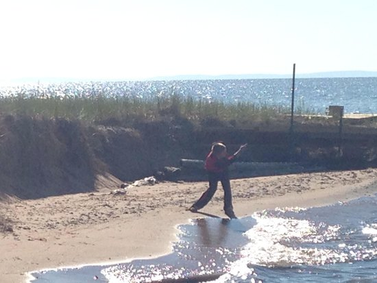 Madeline Island : Skipping Rocks to start the day