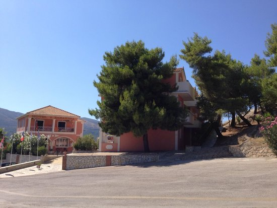 Sarakina Apartments: Back again