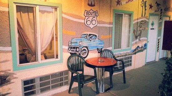 El Trovatore Motel: Esterno