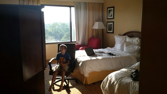 Crowne Plaza Memphis East: Room