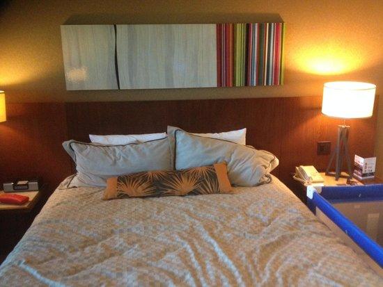 Mandalay Bay Resort & Casino : bed