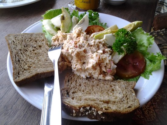 Park Regis Kuta Bali: Snackjes at Restaurant