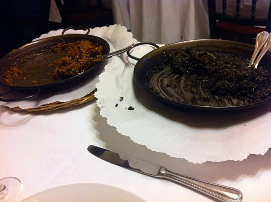 7 Portes: paella a la catalana y arroz negre