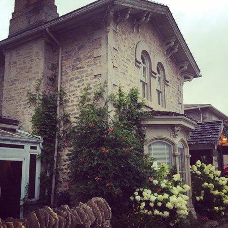The Breadalbane Inn: cozy home away from home