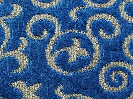 Disneyland Hotel: Mickey carpet!