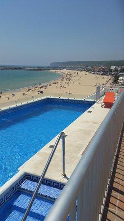 Apartamentos Playa Barbate: Piscina y vistas desde la azotea