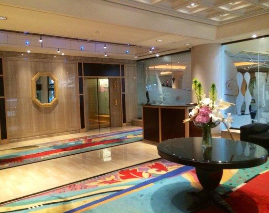 Metropolitan Hotel Vancouver: Concierge