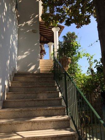 Hotel Villa Campo: Scale per le camere al piano superiore