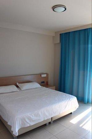 Nautilus Bay Hotel : Bedroom