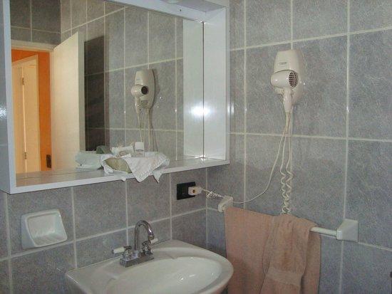 Costa Real Suites: Baño