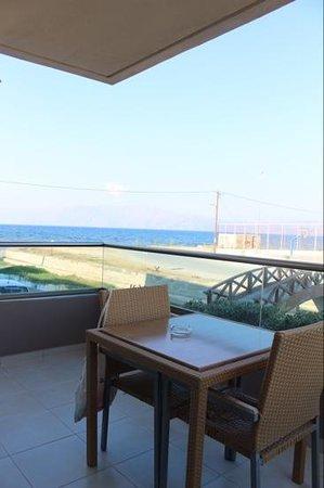 Nautilus Bay Hotel : Balcony