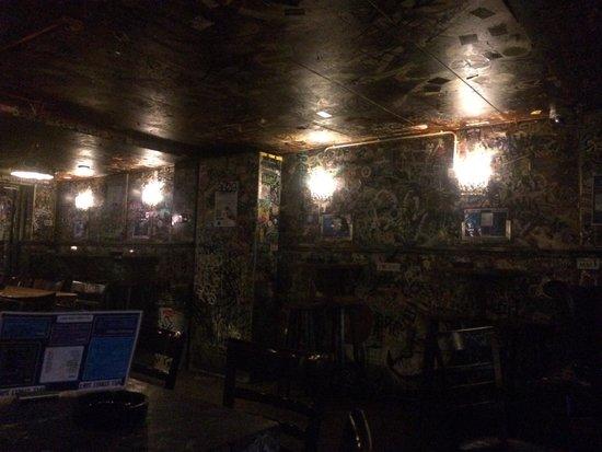 """Cafe Hill Street Blues : Il mio """"rifugio"""" di Amaterdam"""