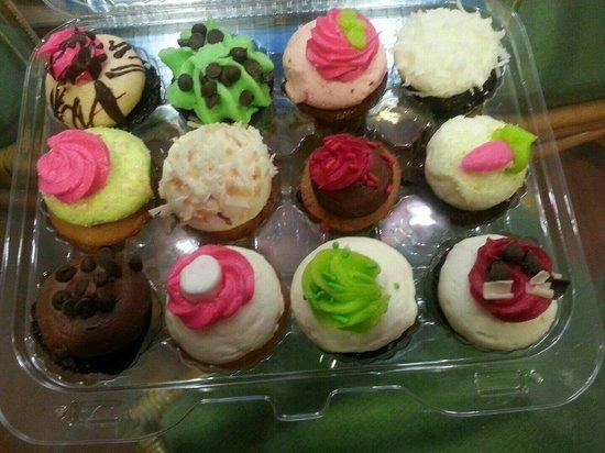 Cupcake Couture Sweet Boutique: a dozen mini cupcakes.
