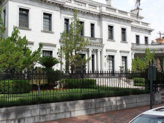 Savannah Historic District : Alll Marble Home