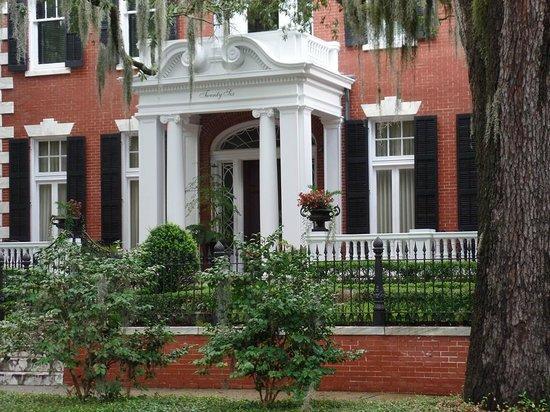 Savannah Historic District: Mercer Home