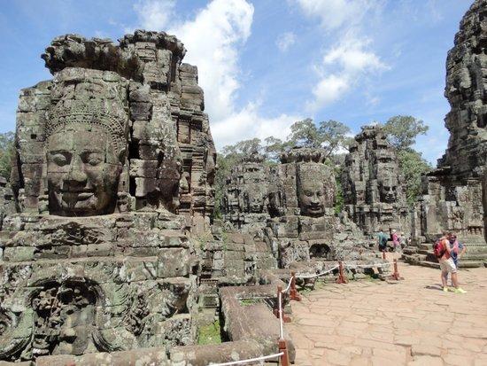 Bayon (Angkor) : バイヨンの四面塔
