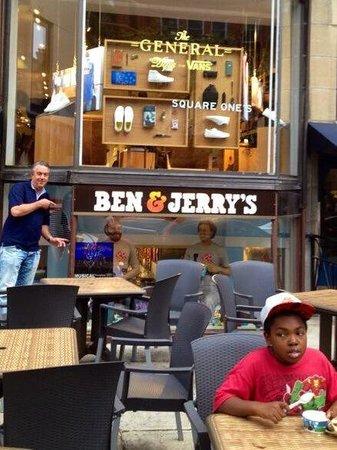 Newbury Street: Nice Ben & Jerry's!