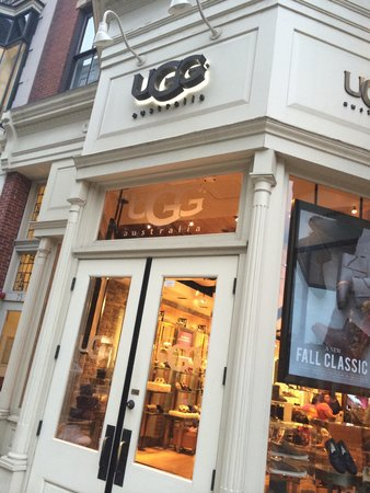 Newbury Street: A lot of specialty stores