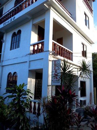 Felina Guest House : sympa et calme