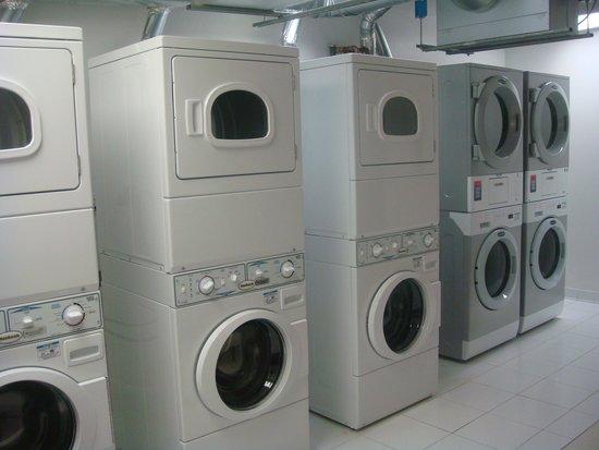 Staybridge Suites Times Square - New York City: lavanderia depois da troca de máquinas