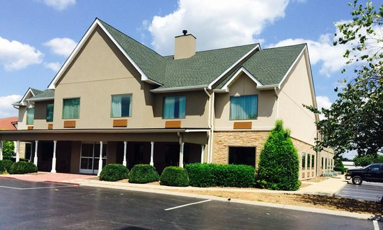 Country Inn & Suites By Carlson, Murfreesboro: Front of hotel
