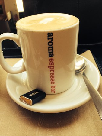 Aroma Espresso Bar : Love the little chocolate that comes with the coffee