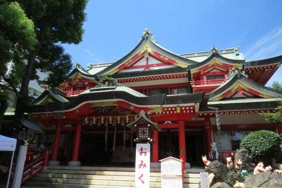 Keihin Fushimi Inari Shrine: 九棟稲荷造りの社殿