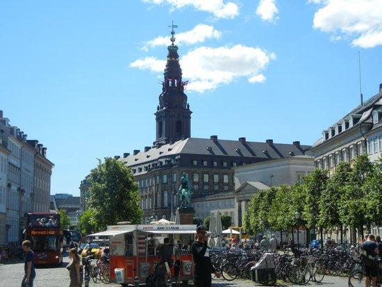 Strøget : Christiansborg Palace.