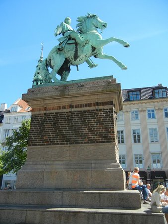 Strøget : Absalon, the warrior-bishop who has traditionally been credited as the founder of Copenhagen.