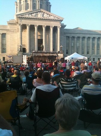 Missouri State Capitol: July 4th at the capital!