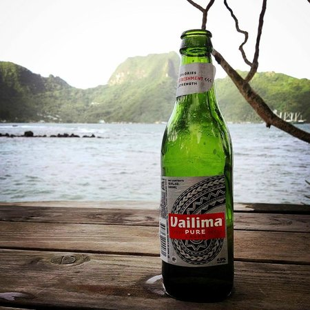 Goat Island Cafe: First Vailima and with Rainmaker Mountain in the back.