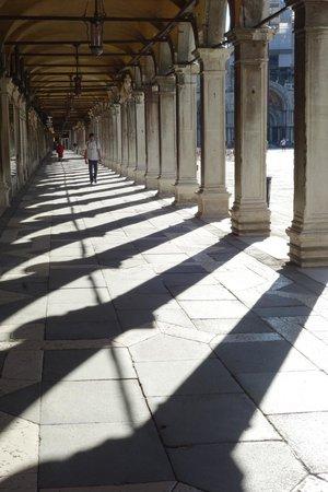 Venice Original Photo Walk and Tour : Shadows @ San Marco