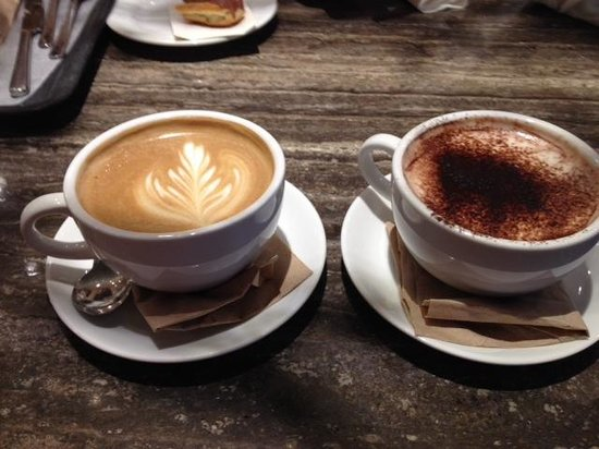 Faubourg Vancouver: Latte & Hot Chocolate