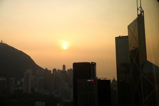 Island Shangri-La Hong Kong: View from room- Peak view, 43rd floor.