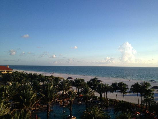 Marco Island Marriott Beach Resort, Golf Club & Spa: Room view