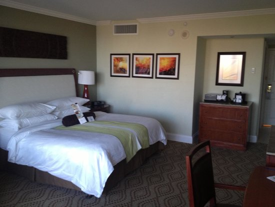 Marco Island Marriott Beach Resort, Golf Club & Spa: Room