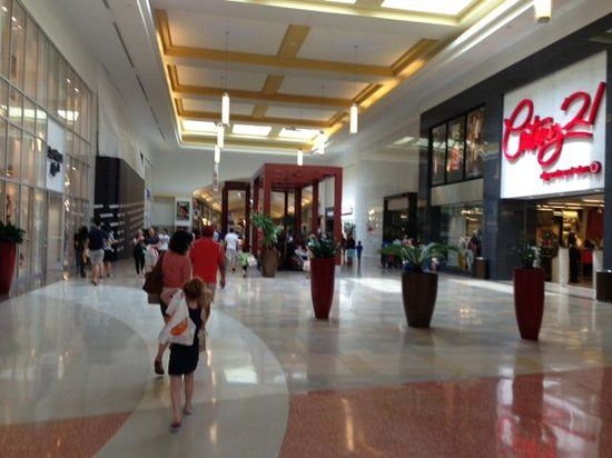Bergen Town Center Picture Of The Outlets At Bergen Town