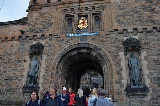 Edinburgh Castle: Entrada al castillo