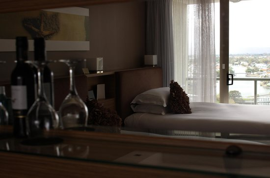 Sofitel Gold Coast Broadbeach: River view room