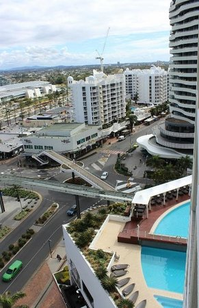 Sofitel Gold Coast Broadbeach: View from balcony