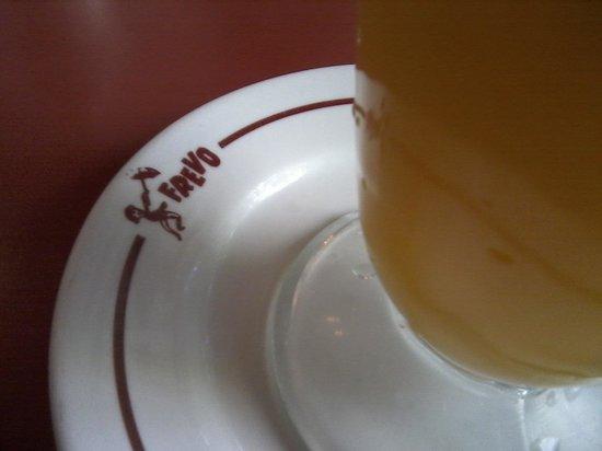 Frevo: Pedi suco, mas é dispensável. Sempre peço água sem gás com rodela de limão..