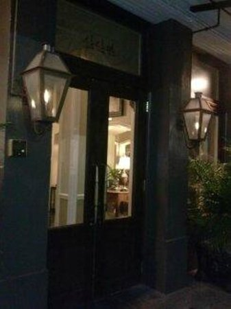 The Pelham: outside the hotel