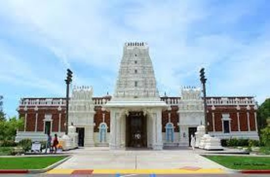 Templo de Sri Meenakshi: Sri Meenakshi Temple  |  East Chitrai Street, Madurai, India